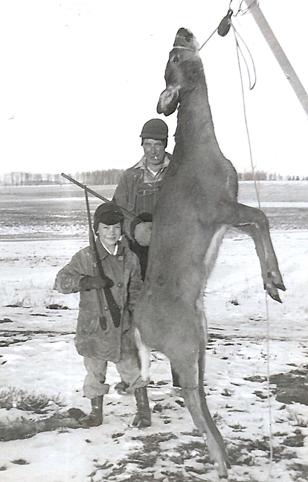 68-1951_Nov_Deer_Hunters_SO-BBB[1]
